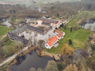 Sonnerupgaard gods mansion farm gaard gård luftfoto dronofoto dronographica landbrug