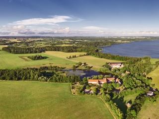dronographica aerial imaging drone tystrup sø drone droner sorø hostel kongskilde friluftsgård dronebilleder droneoptagelse natur