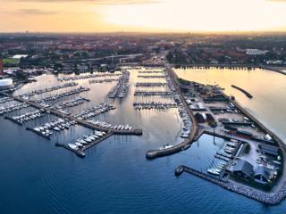 dronographica både båd sejlbåd havn skk sejlklub svaneknoppen svanemølleværket københavn copenhagen